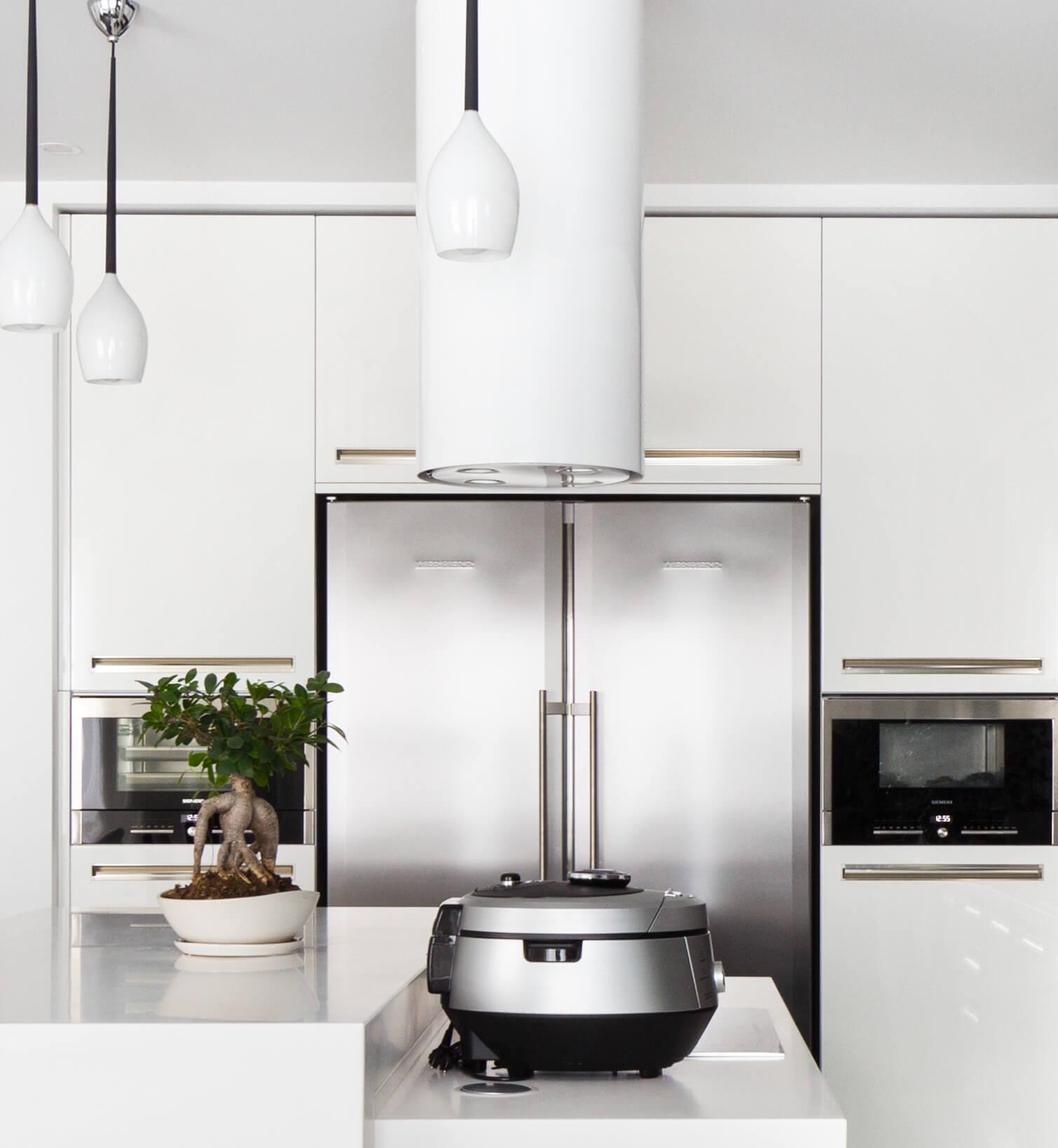 Кухня в квартире в ЖК «Миракс Парк» - Заказать дизайн интерьера
